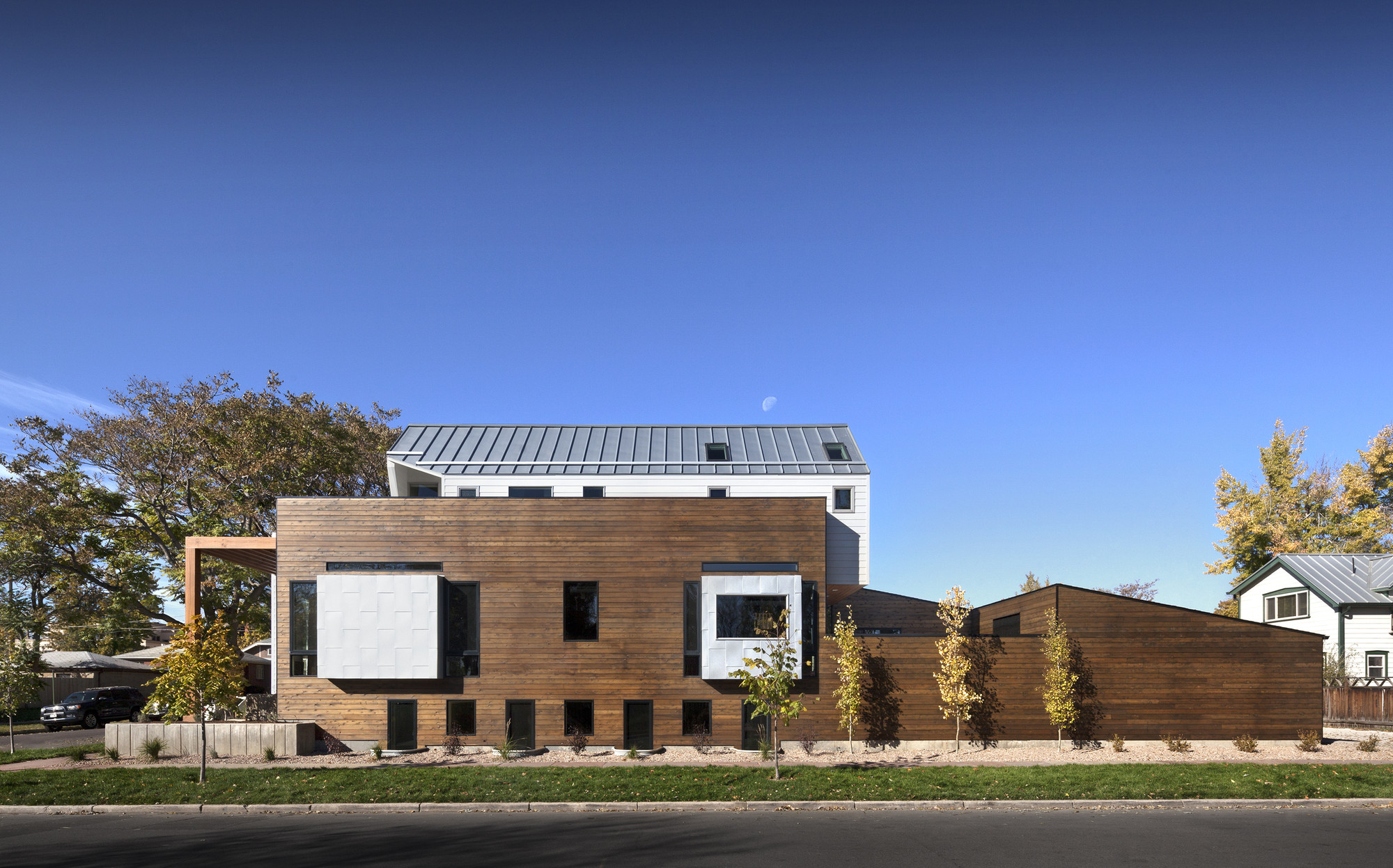 33rd Street House / Meridian 105 Architecture, © Raul J. Garcia