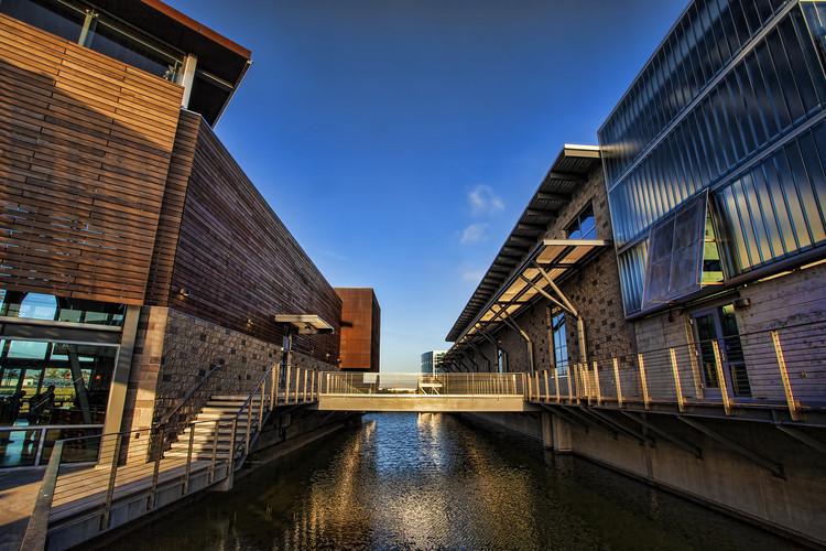 Instalación de Purificación de Agua Avanzada / Mainstreet Architects + Planners, Inc., © Michael A. Cabezas