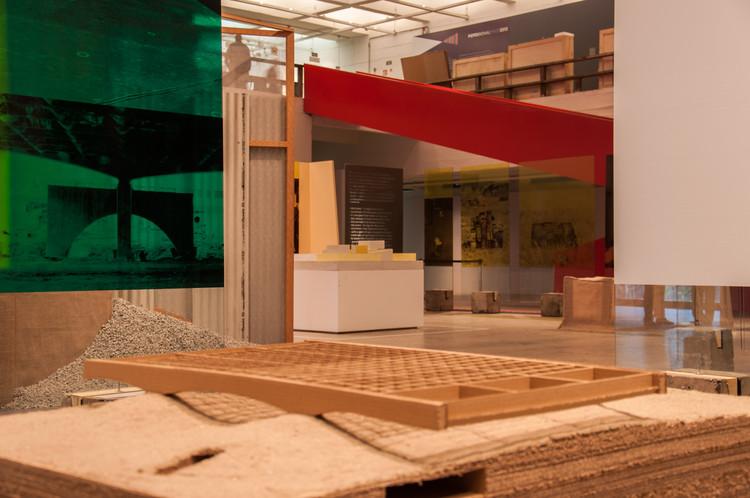 """""""Modos de Atravessar"""" - MASP – Museu de Arte de São Paulo Assis Chateaubriand, © Lauro Rocha"""