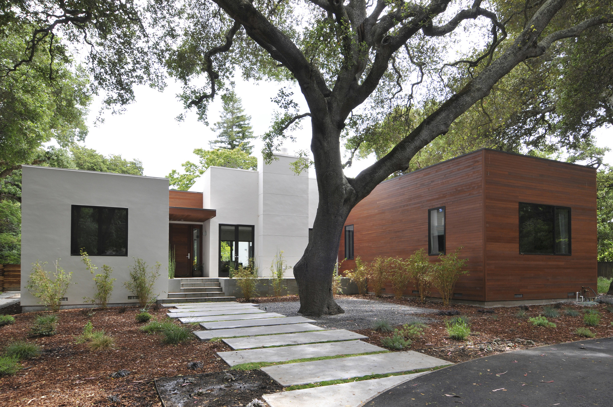 Menlo Oaks Residence / Ana Williamson Architect, © Dasja Dolan