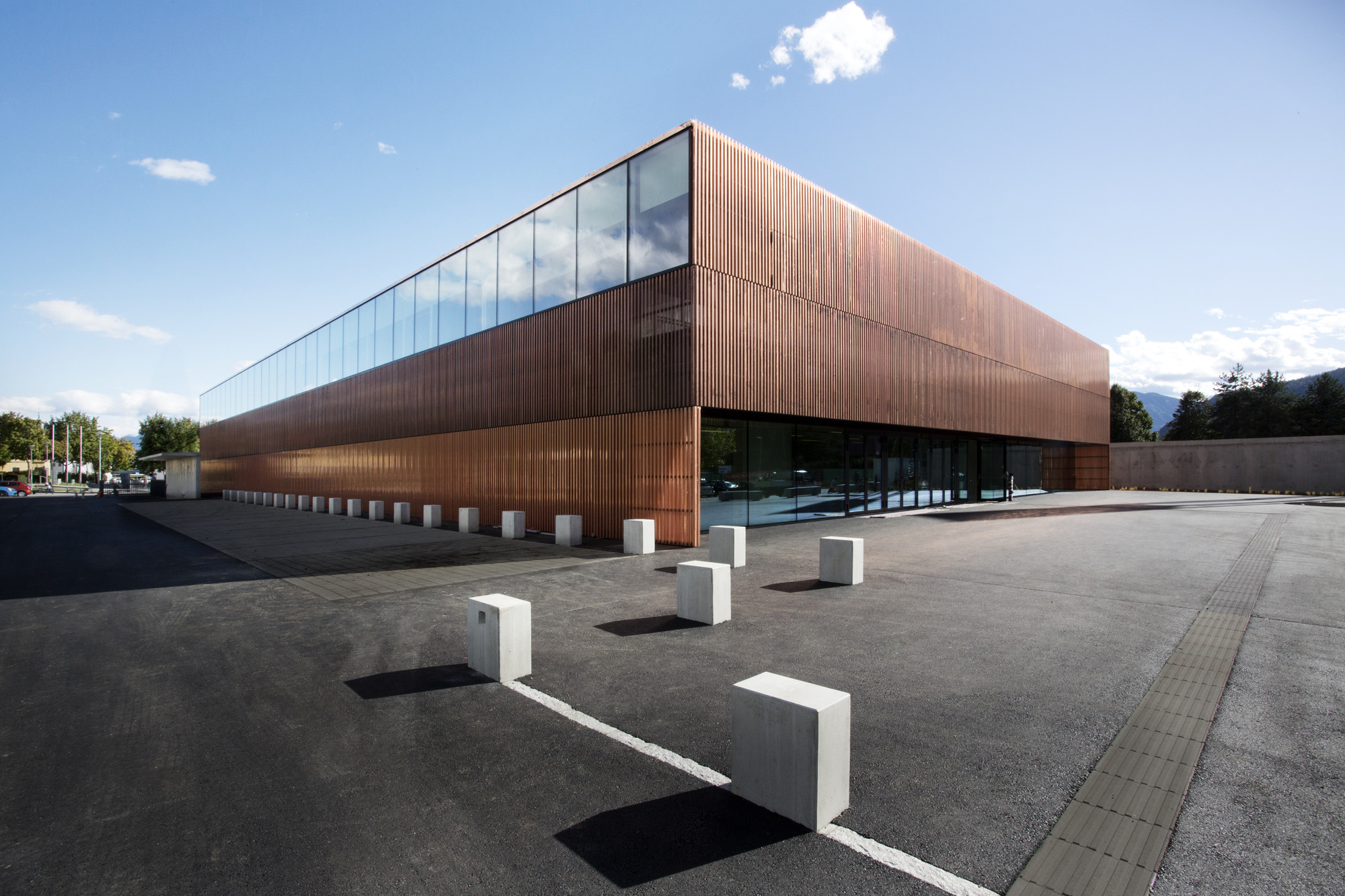Sports Hall St Martin Dietger Wissounig Architekten