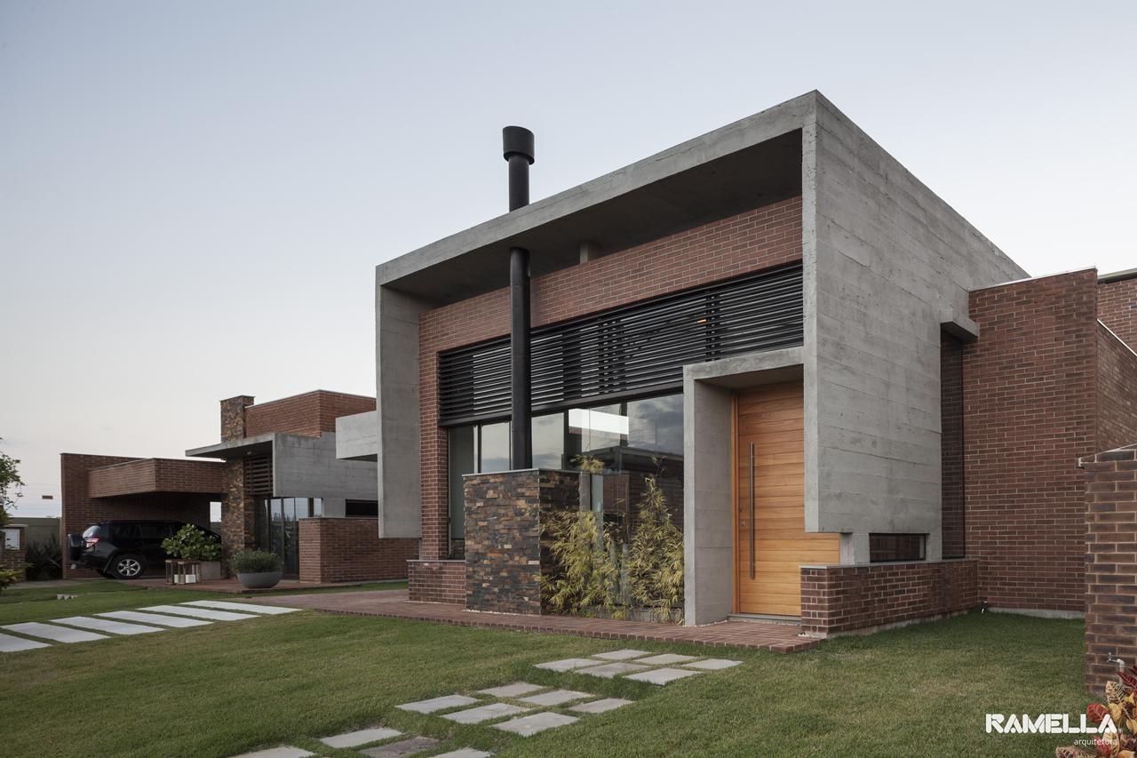 Hoff Residence / Ramella Arquitetura, © Marcelo Donadussi