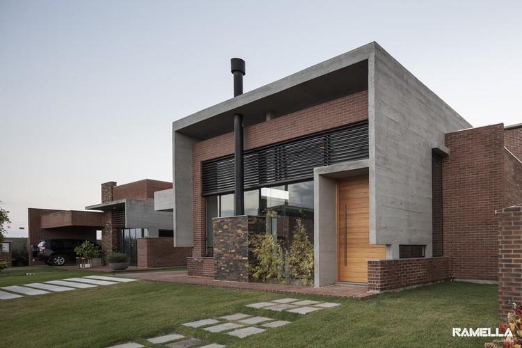 Casa Hoff / Ramella Arquitetura, © Marcelo Donadussi