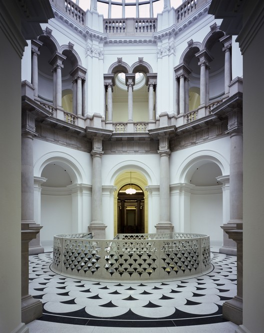 Critical Round-Up: Tate Britain Renovation, Caruso St. John, The central spiral staircase in the rotunda, Tate Britain - Courtesy Caruso St. John and Tate. Image © Helene Binet