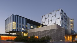 Mike & Ophelia Lazaridis Quantum-Nano Centre / KPMB Architects