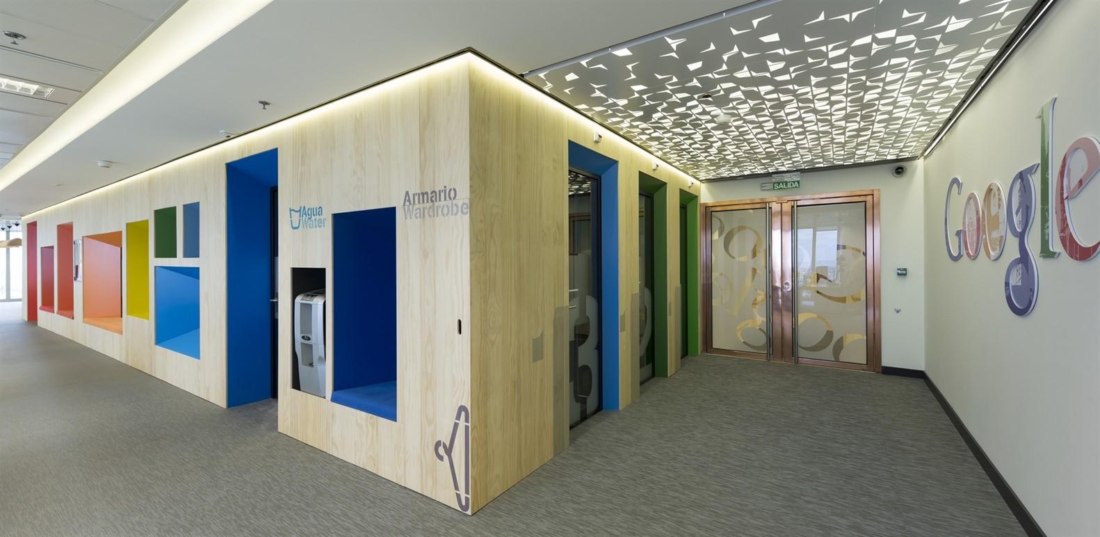 google office hq. Google Madrid HQ,© Daniel Malhão Office Hq U