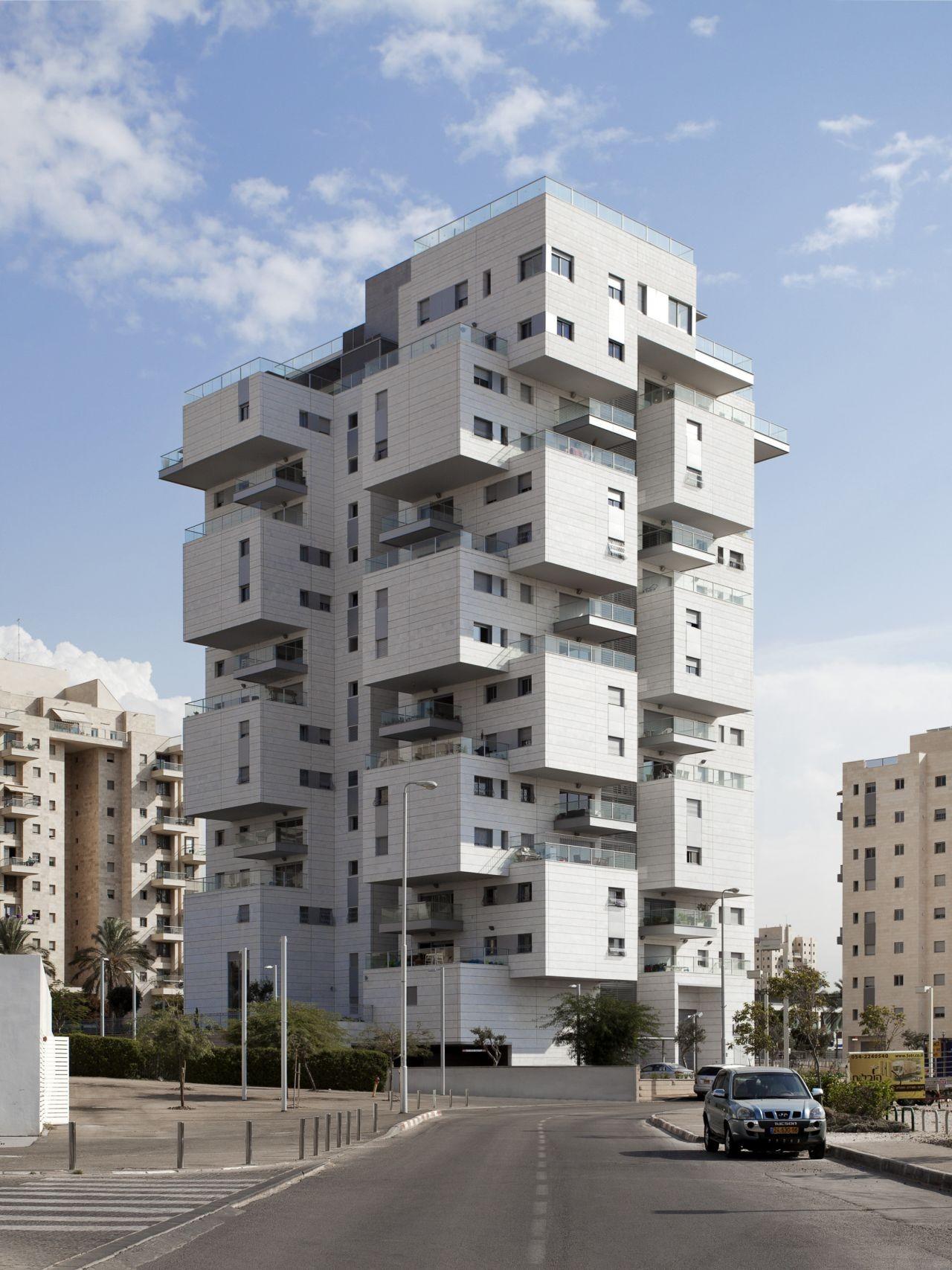 Gallery of z design building ami shinar amir mann 4 for Idf architecture