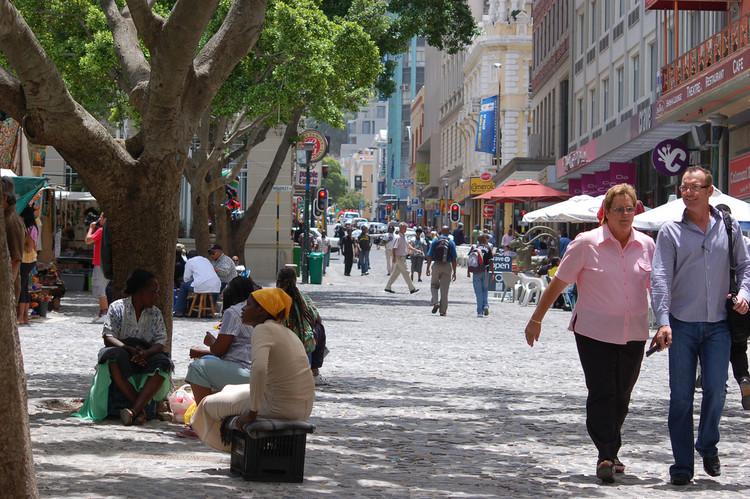 Guia de desenho urbano de ruas: Uma nova proposta pensada nas pessoas
