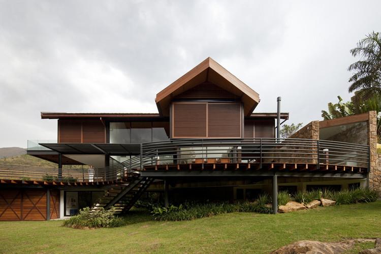 Casa en la Montaña / Architectare, © Leonardo Finotti