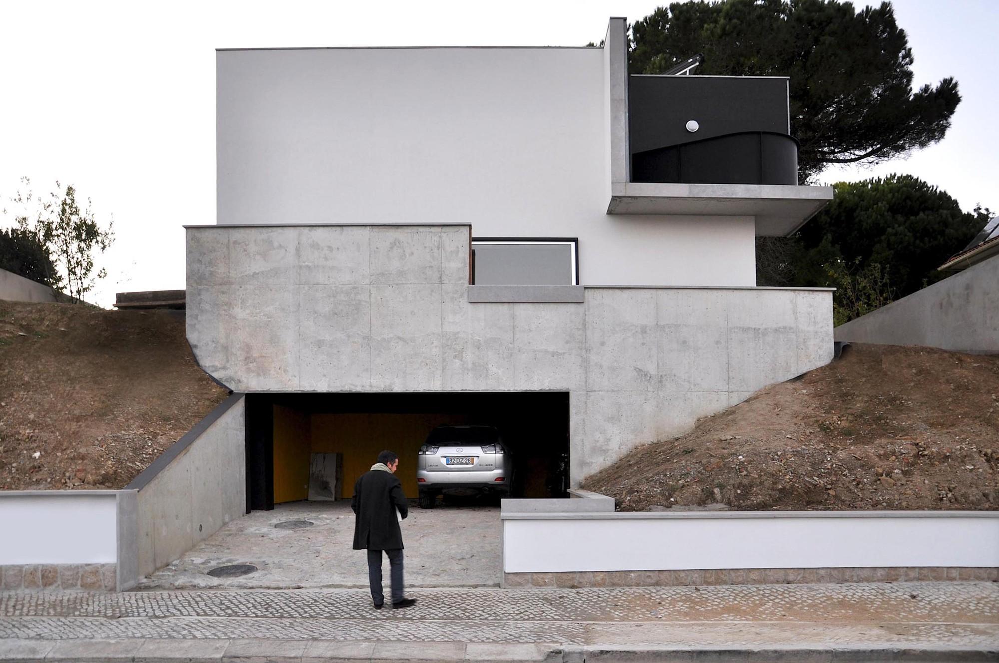 House Rehabilitation in Oreiras / Ventura Trindade Arquitectos, Courtesy of Ventura Trindade Arquitectos
