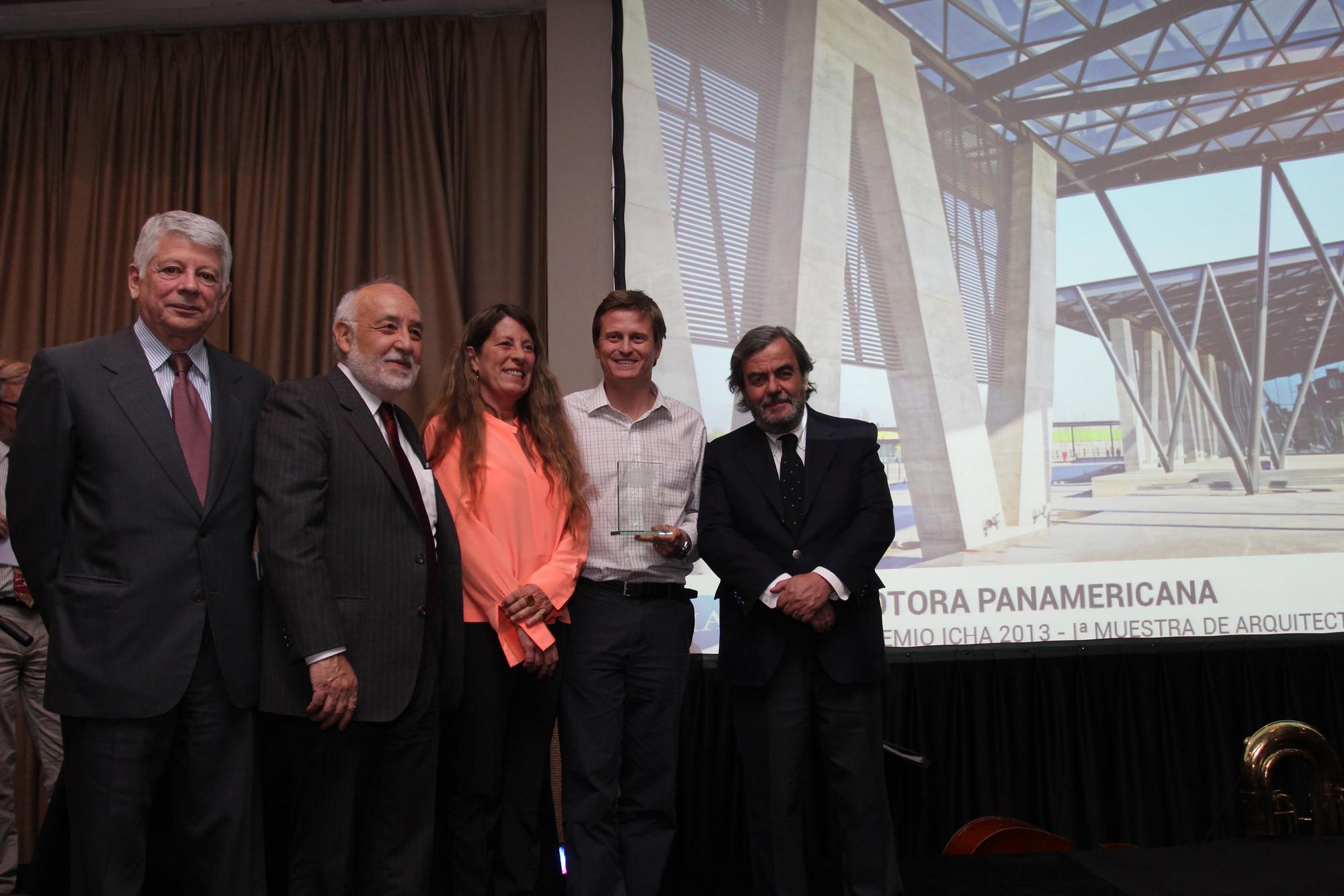 Edificio Corporativo Indumotora de Sabbagh Arquitectos obtiene 1er lugar de Muestra organizada por el ICHA, Courtesy of ICHA