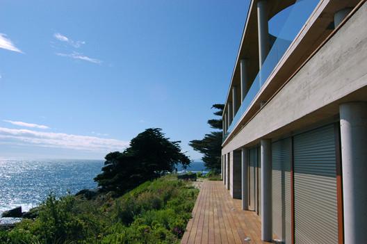 Casa en Punta Pite / Peñafiel Arquitectos