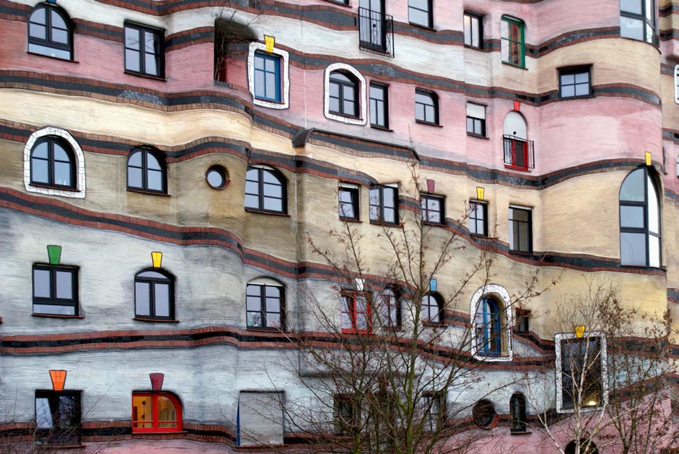 Os edifícios de Hundertwasser: manifestos construídos de uma arquitetura para o ser humano