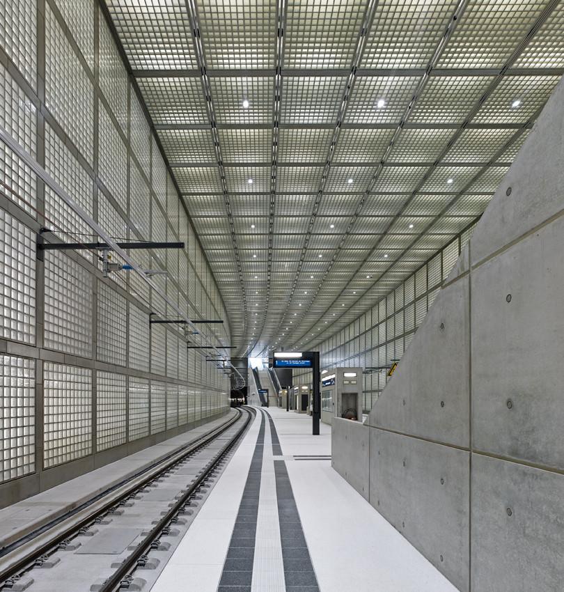 Wilhelm-leuschner-Platz station / Max Dudler , © Stefan Müller