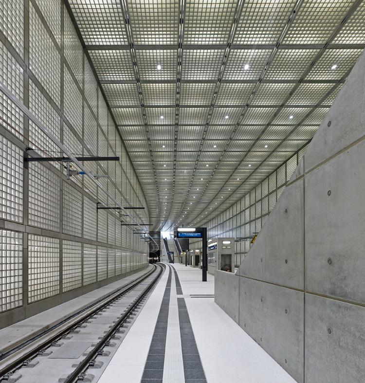 Estación Wilhelm-leuschner-Platz / Max Dudler , © Stefan Müller
