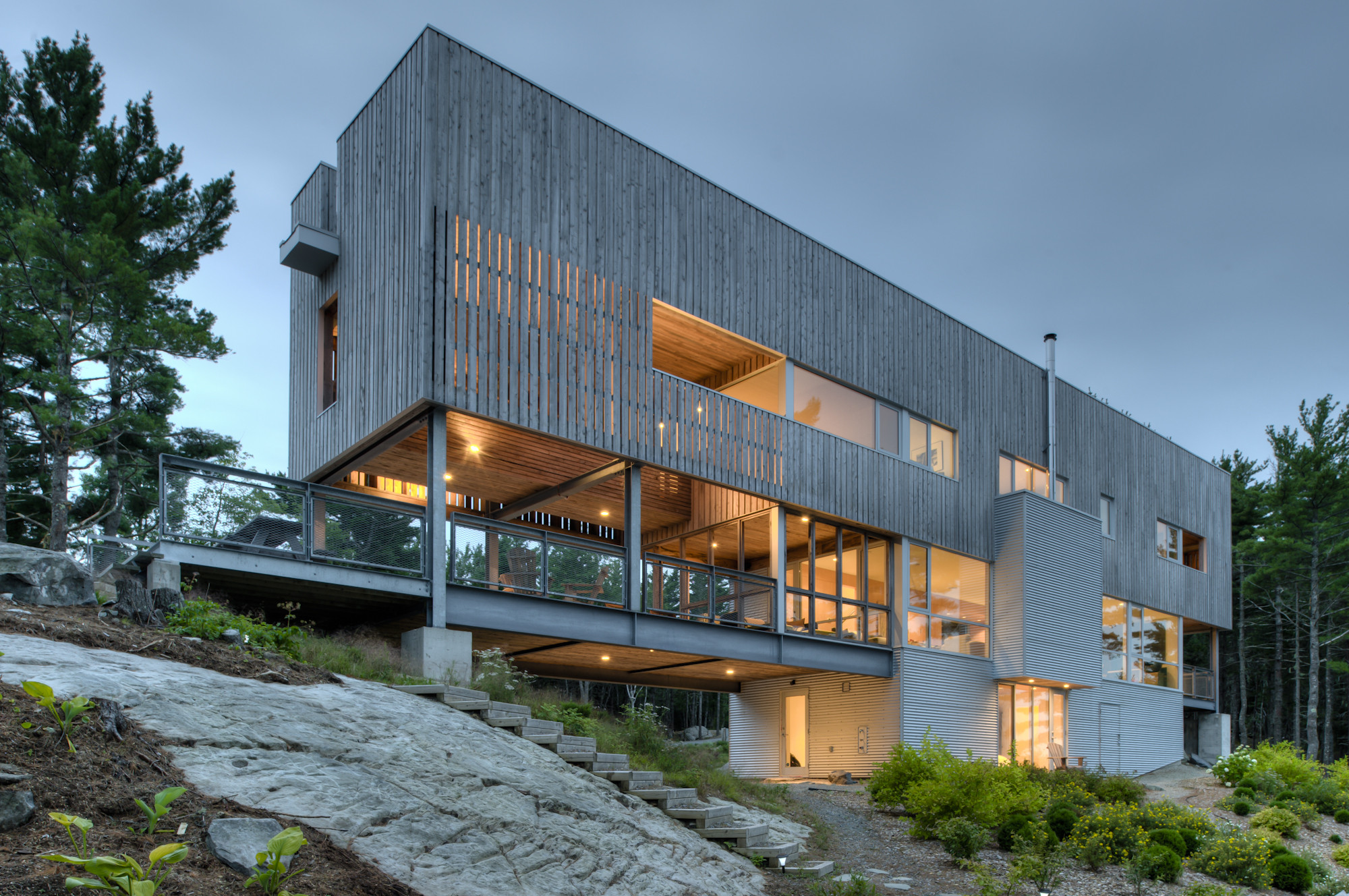 Bridge house mackay lyons sweetapple architects archdaily for Daily hotel