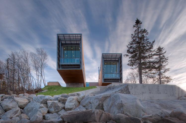 Two Hulls / Mackay-Lyons Sweetapple Architects, © Greg Richardson