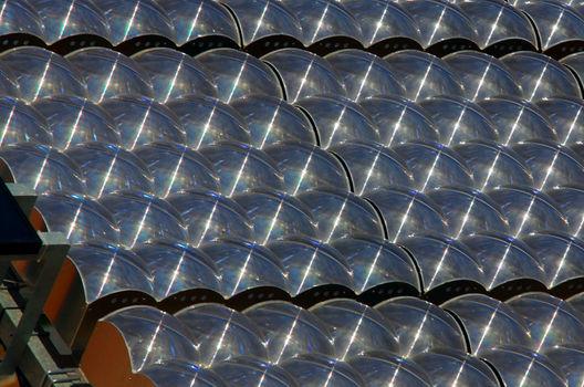Andalucía: Investigadores diseñan paneles solares que transforman hasta el 43% de la luz solar en electricidad