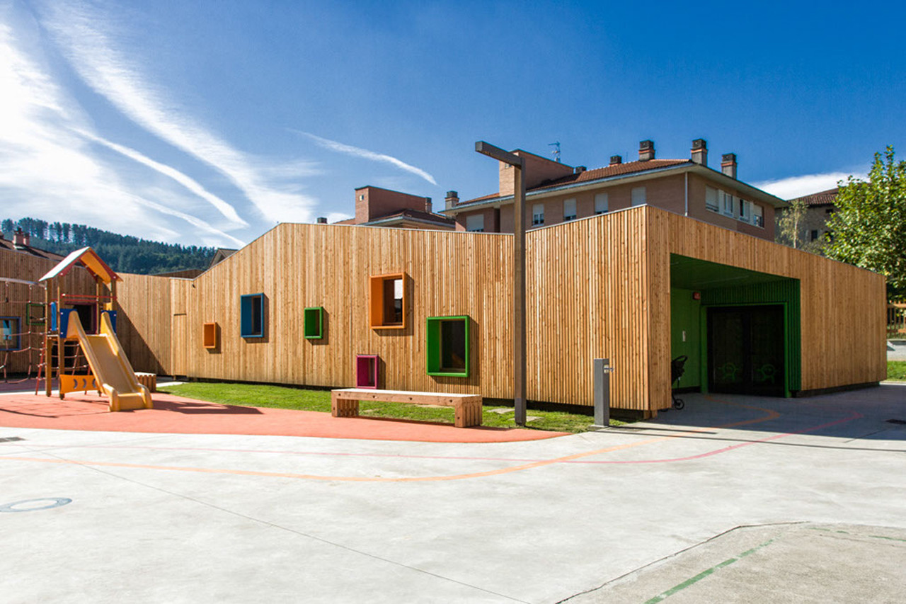 New Building for Nursery and Kindergarten in Zaldibar / Hiribarren-Gonzalez  + Estudio Urgari, Courtesy of Egoin