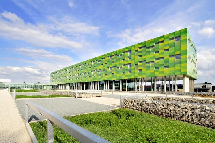Oficinas Infrax West Torhout / Crepain Binst Architecture, Cortesía de Crepain Binst Architecture