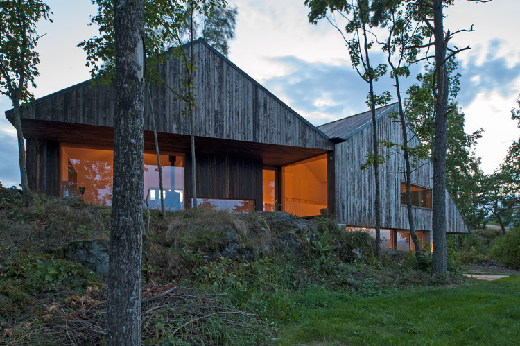 House Off/Ramberg  / Schjelderup Trondahl Architects AS, © Jonas Adolfsen