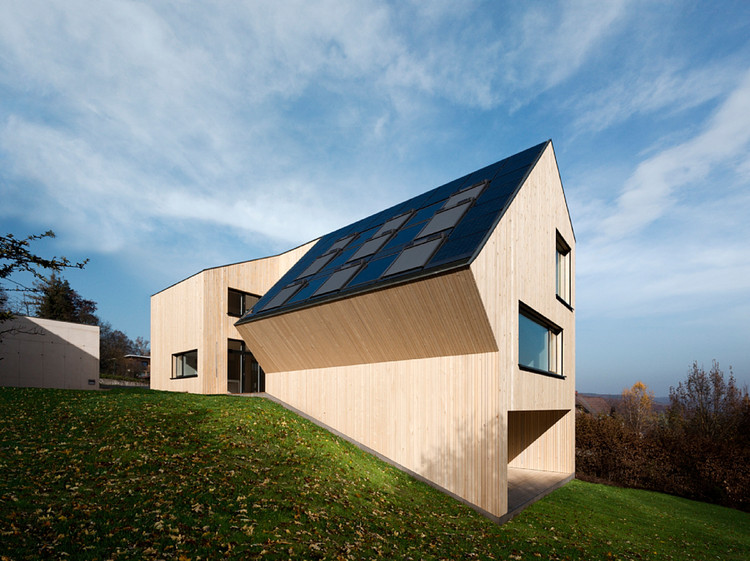 Sunlighthouse / Juri Troy Architects, © Adam Mork