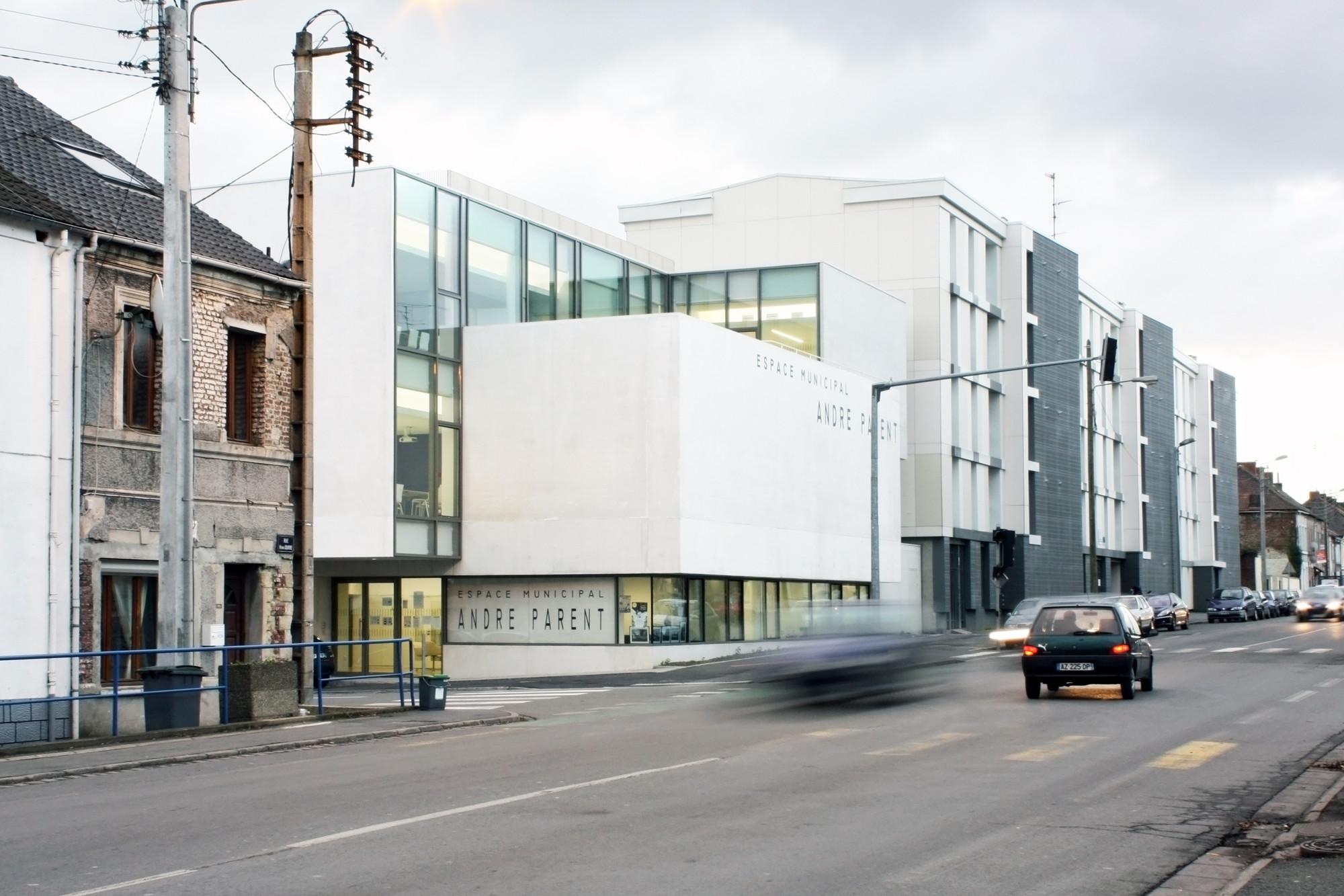 Galer a de centro cultural andr parent olivier werner for Parent architecte