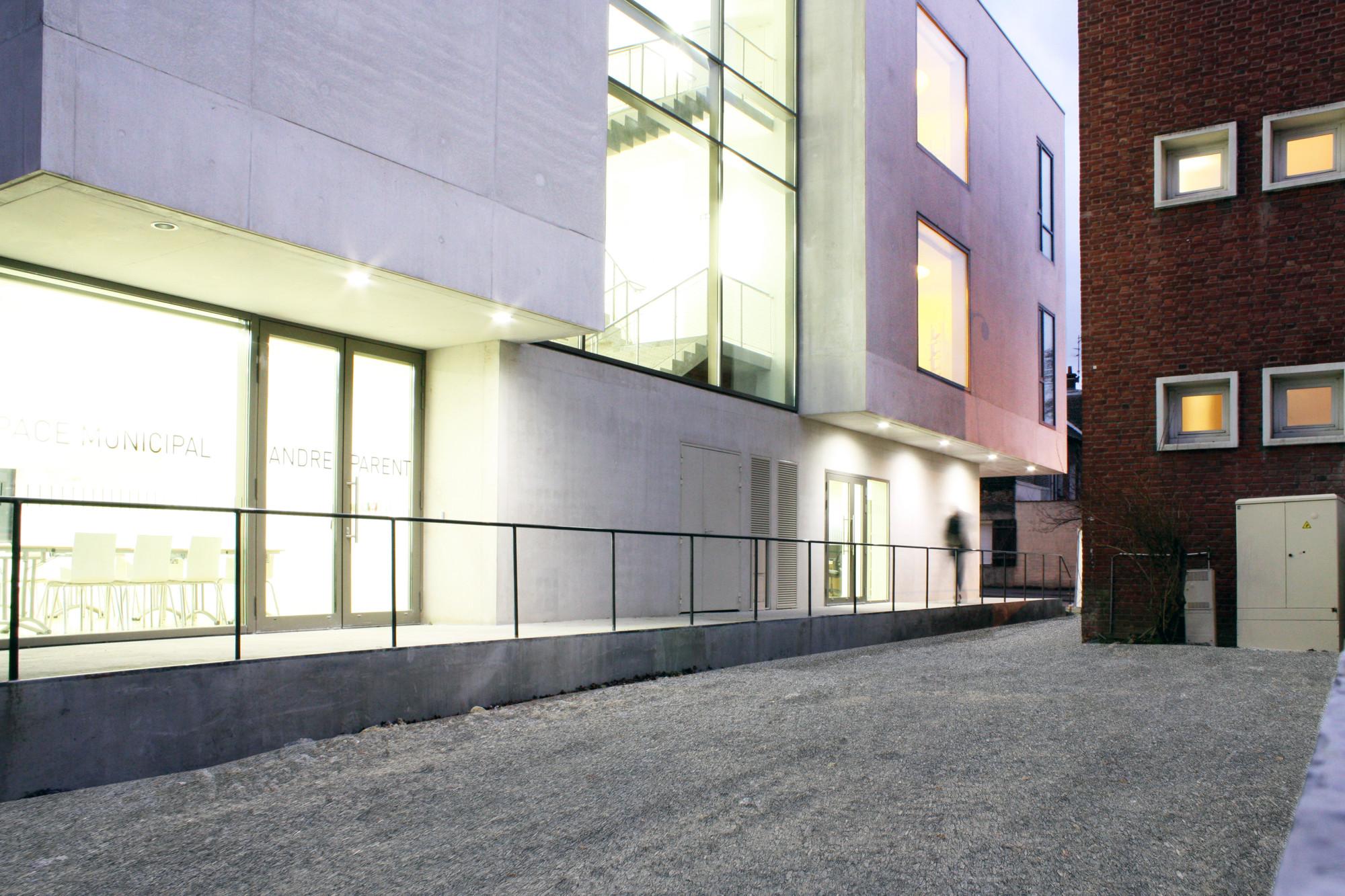 André Parent Cultural Center / Olivier Werner Architecte