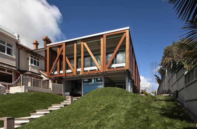 Takapuna House / Athfield Architects, © Simon Devitt