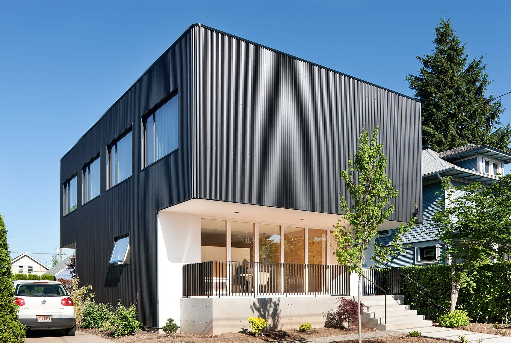 great architecture houses. Oakley House / Benjamin Waechter Architect, © Lara Swimmer Great Architecture Houses S