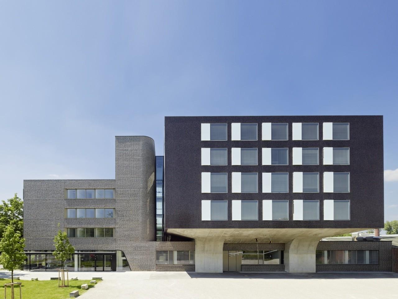 Training Centre for Apprentice Butchers  / Wulf Architekten, © Zooey Braun
