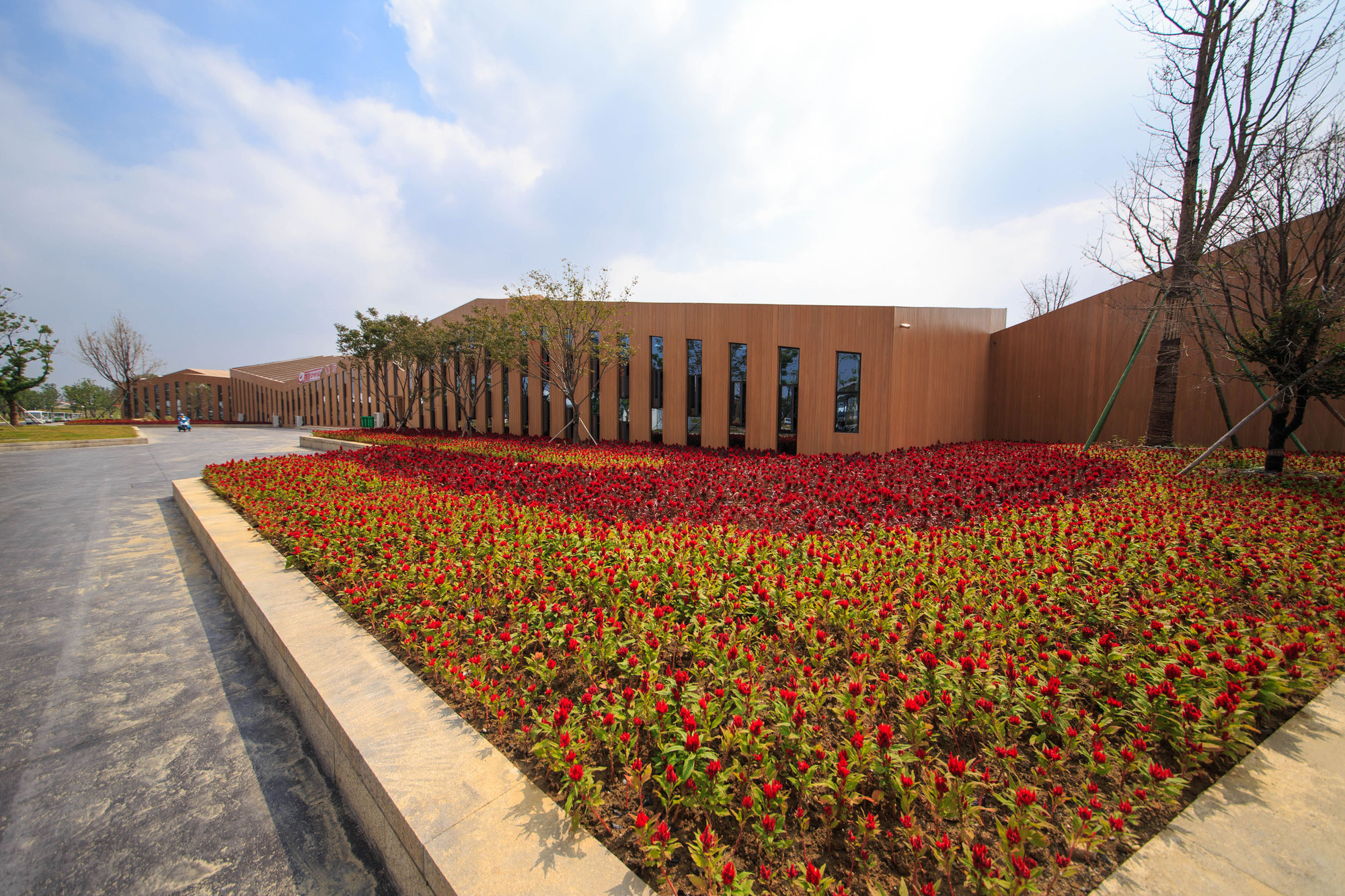 8th Chinese Flower Expo Information Centre / LAB Architecture Studio, © Ryuji Miya