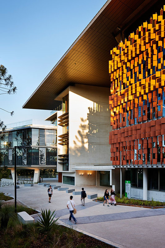 Advanced Engineering Building HASSELL Richard Kirk Architect