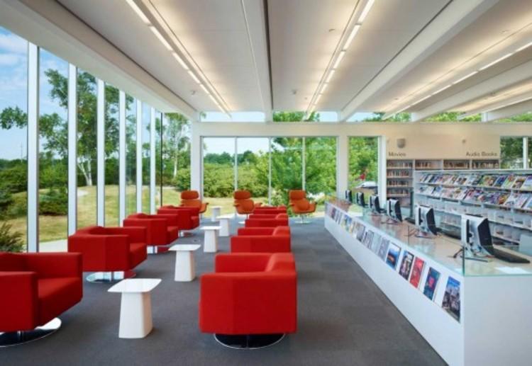 Como criar uma grande biblioteca? [Parte II], Mississauga Public Library