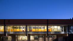 Proyecto de Iluminación: Liceo Claudina Urrutia / Mónica Pérez & Asociados