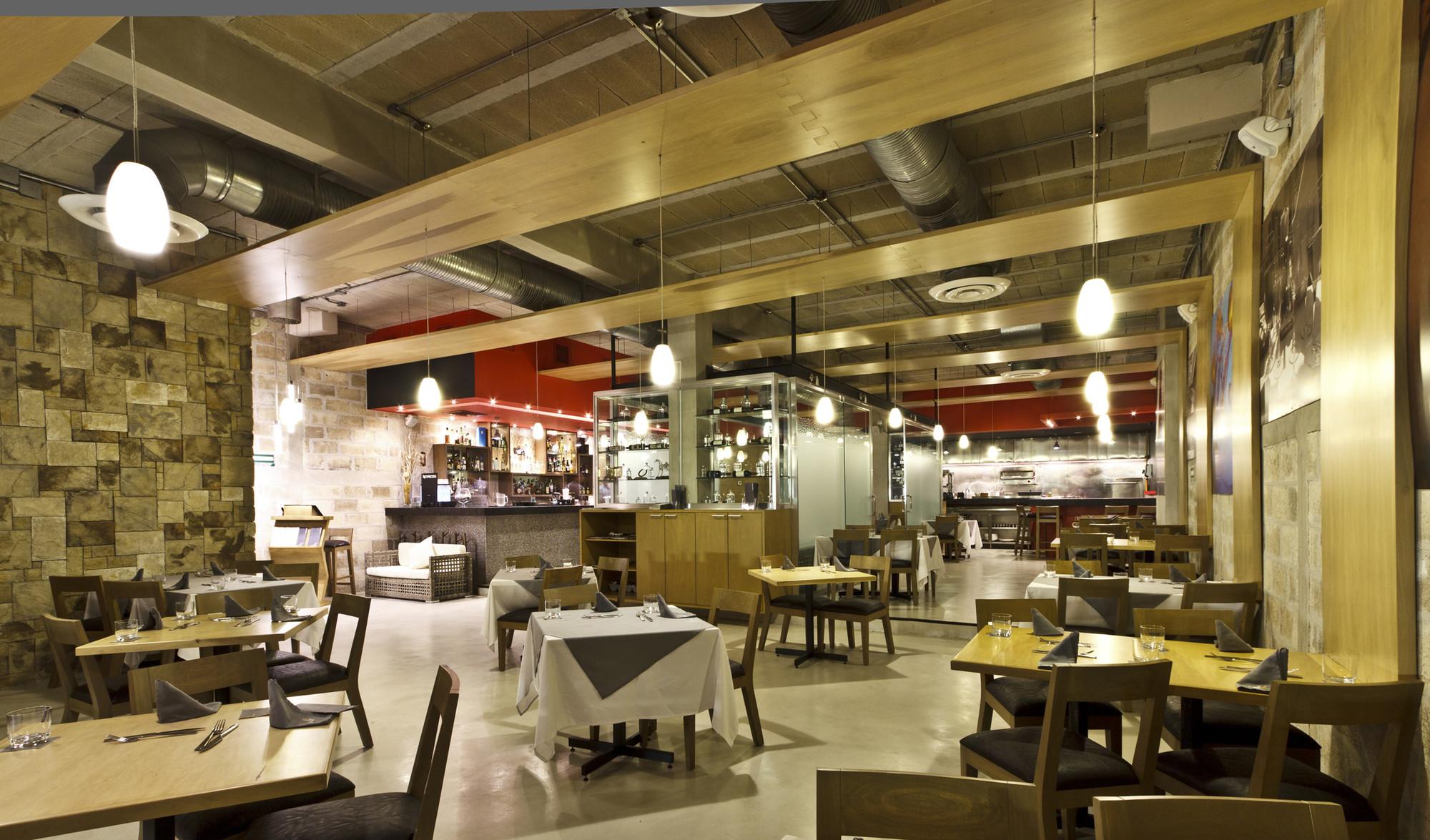 Restaurante Ilé / DOX Arquitectos
