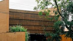 Cachaçaria Água Doce / Rochafluida Arquitetura