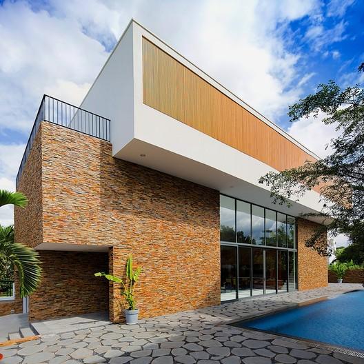 House 81 / MimANYstudio + REALarchitecture