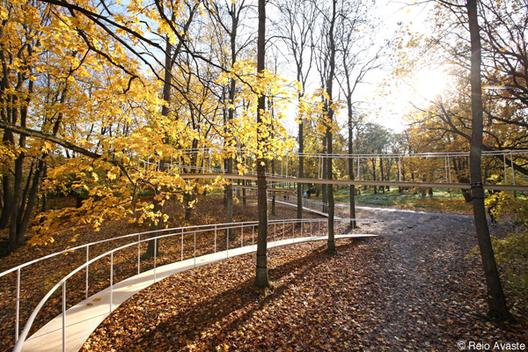 Un camino en el bosque por Tetsuo Kondo Arquitectos, © Tetsuo Kondo Architects