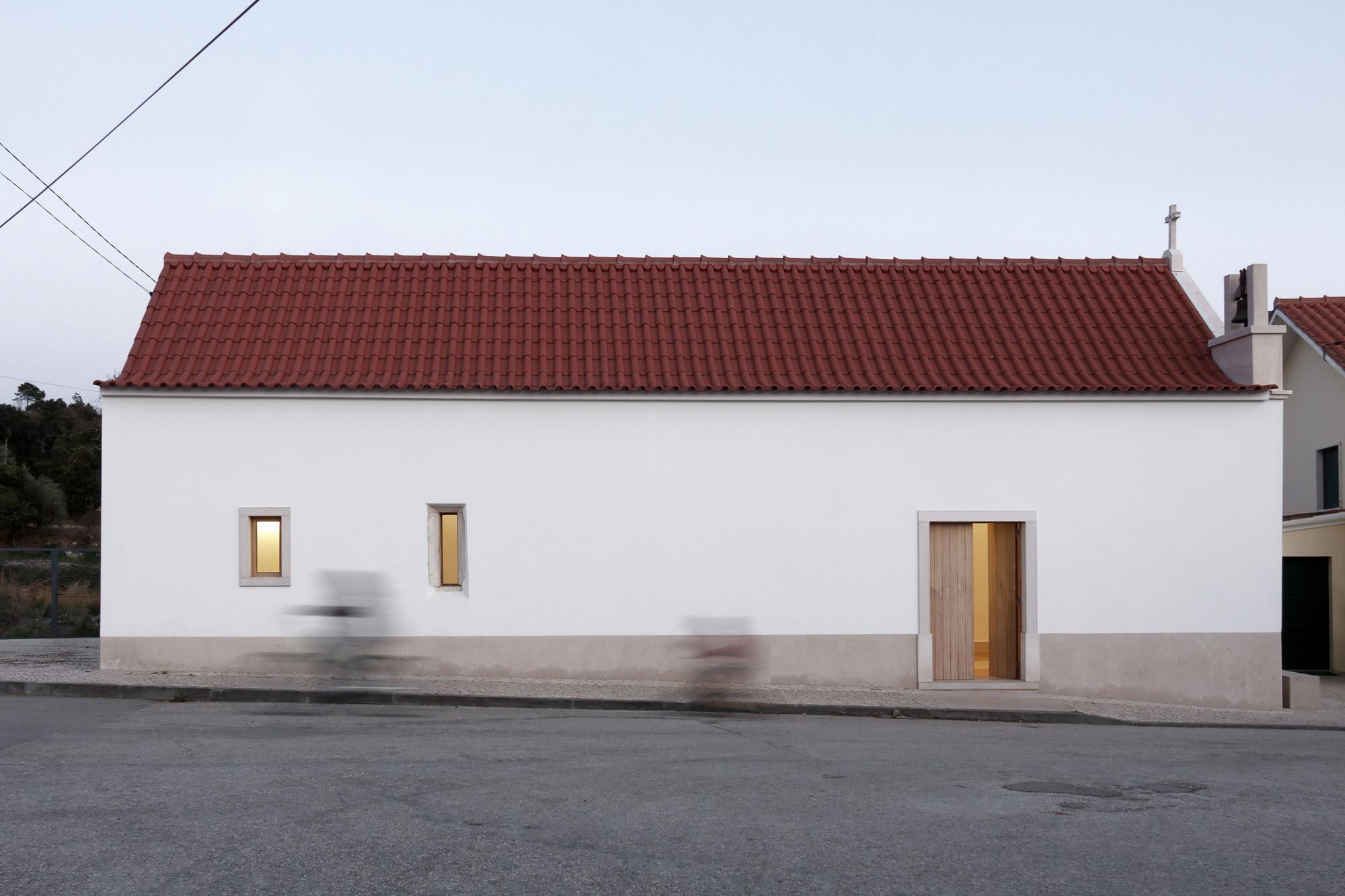 Capela / Bruno Dias arquitectura