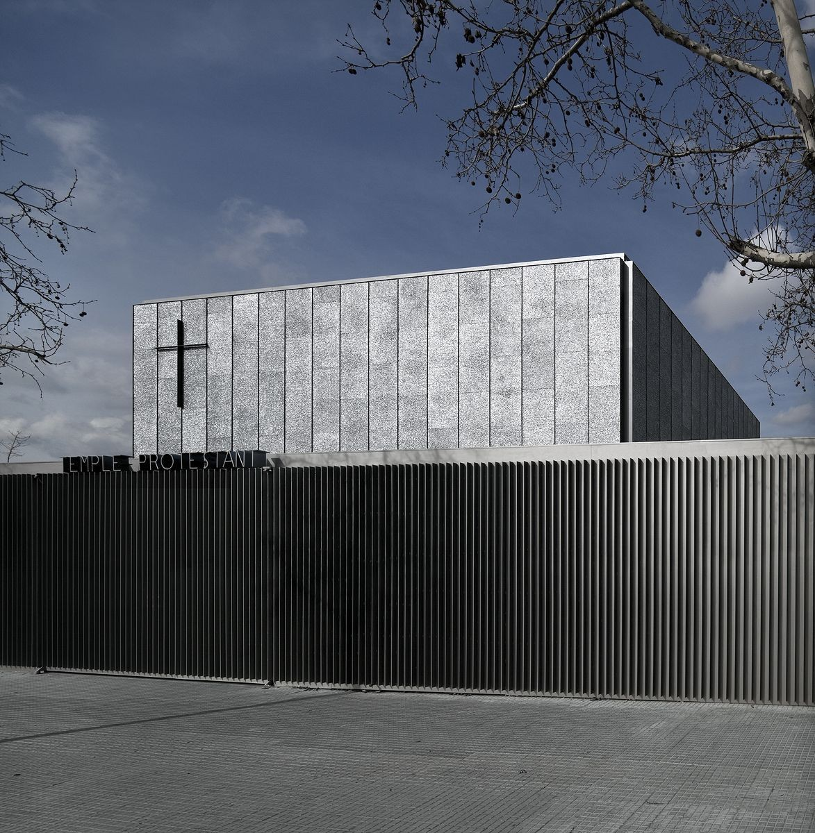 Primera Semana de Arquitectura Evangélica / Fondecyt, Chile, Templo Evangelico en Terrassa / OAB. Image © Alejo Bagué