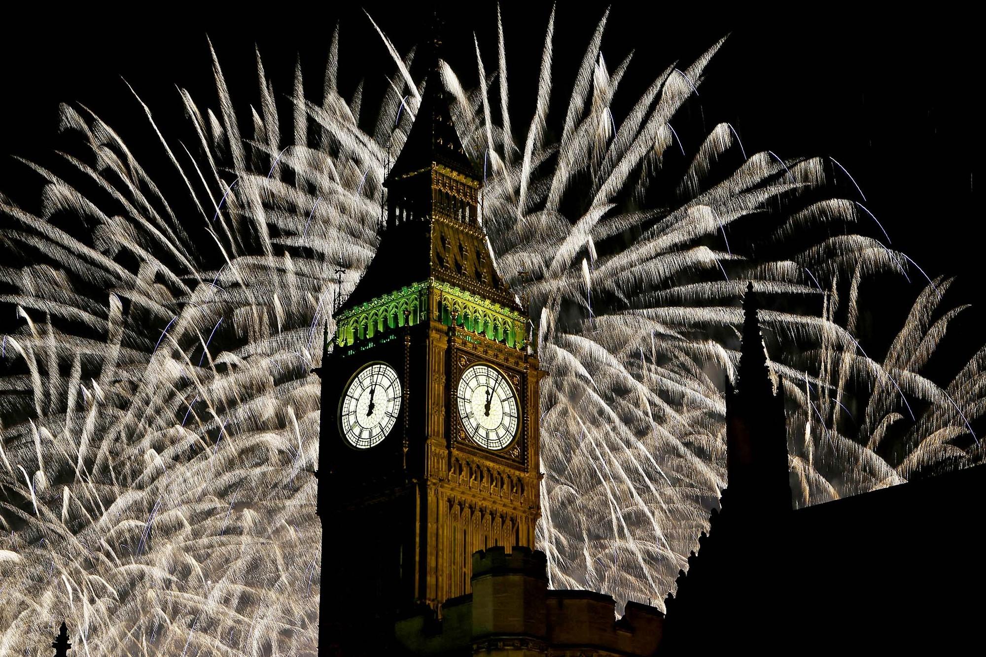 Las Ciudades se preparan para celebrar el Año Nuevo 2014, Big Ben, Londres. Image © Kirsty Wigglesworth/Associated Press