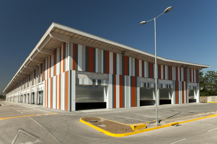 Movicenter / Onsite Management + Design / Andres Sotomayor D., Sebastian Ortiz H., © Matías del Campo