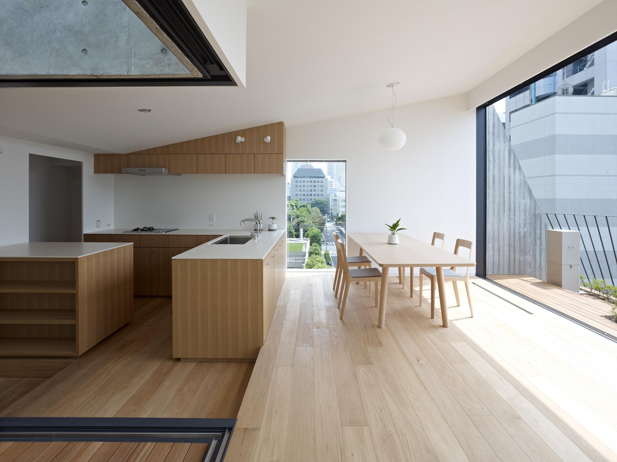 Grass Building / Ryo Matsui Architects, © Daici Ano