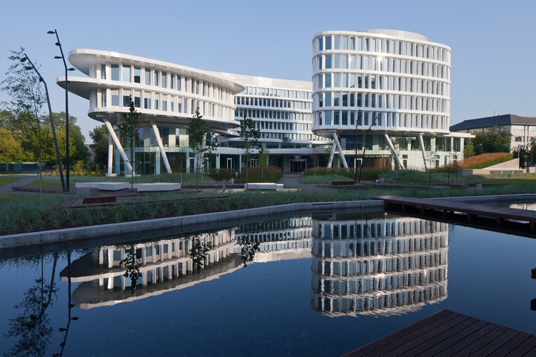 Hotel y parque empresarial Warszawa / Studio Fuksas, © Piotr Krajewski