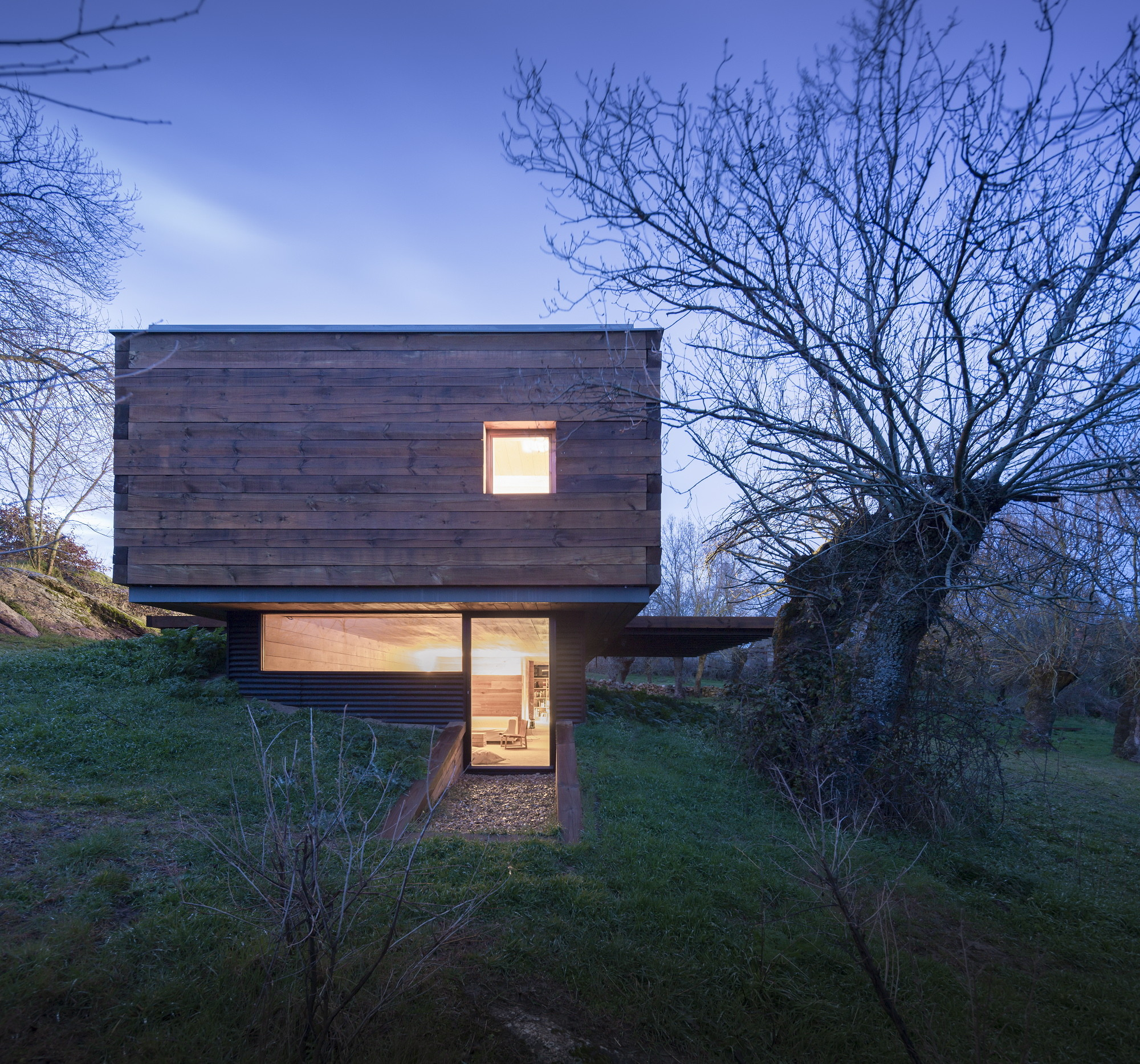 Gallery Of B House Ch Qs Arquitectos 12