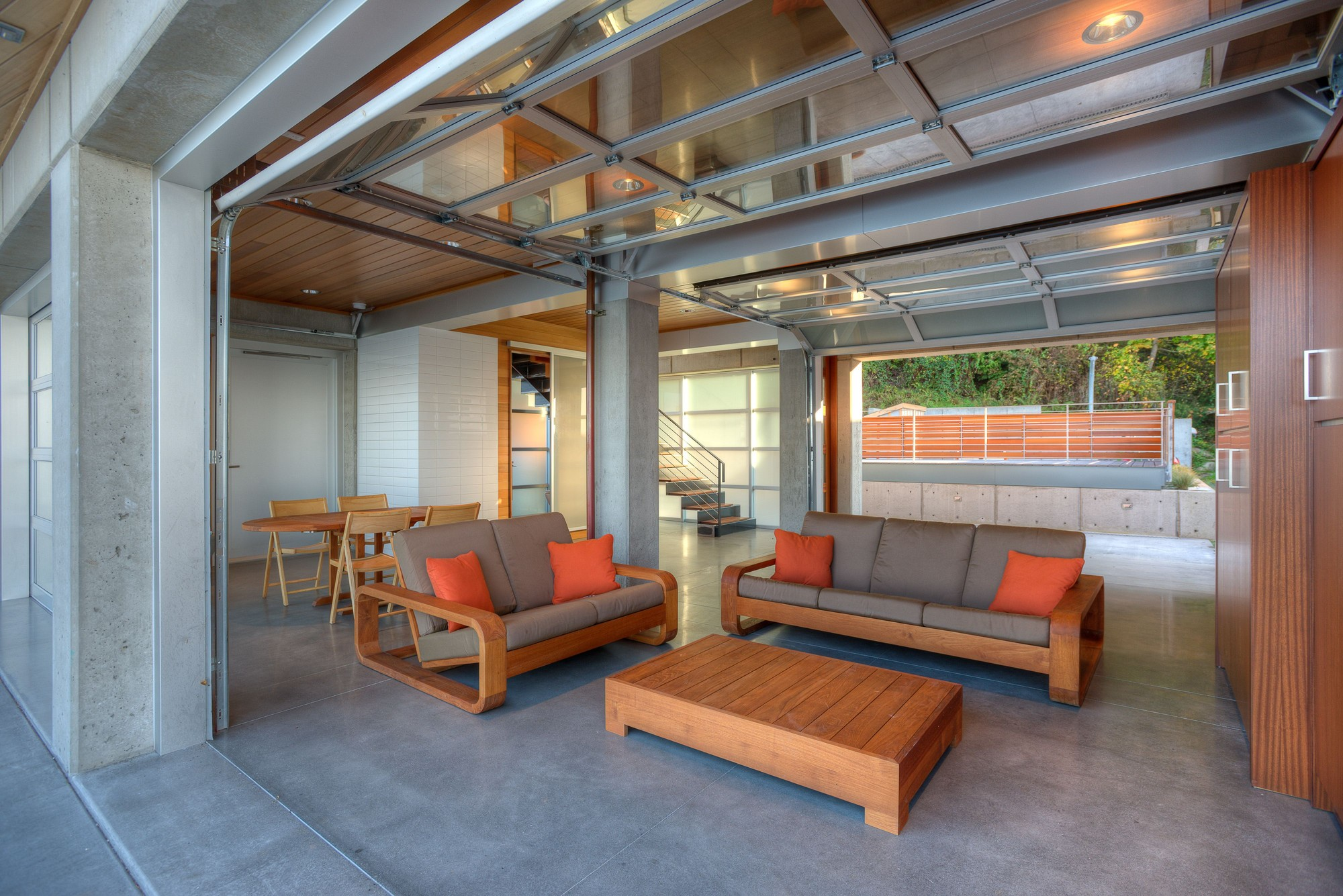 Tsunami House / Designs Northwest Architect