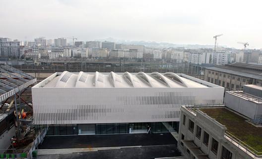 Centro de Deportes Pajol  / Brisac Gonzalez