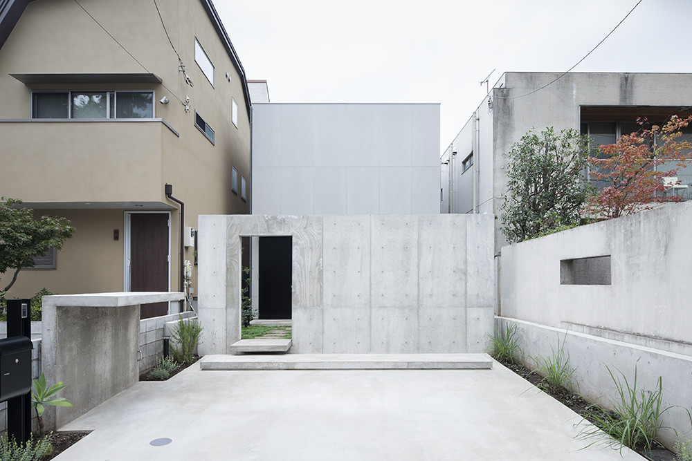 House in Daizawa / Nobuo Araki, © Shimizu Ken