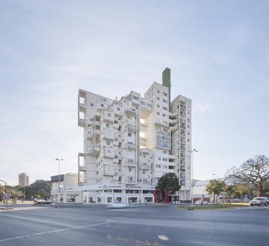 07.edificio_atalaya__santa_fe_-_ph.federico_cairoli
